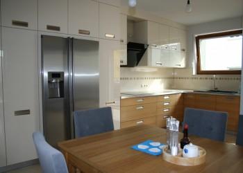 kuchnie-nowoczesne-meble-104