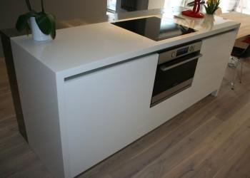 kuchnie-nowoczesne-meble-13